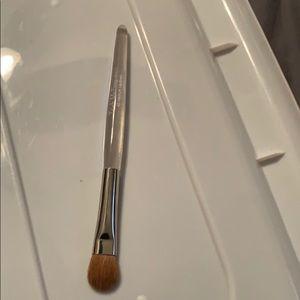 Trish mcevoy brush 40 medium lay down